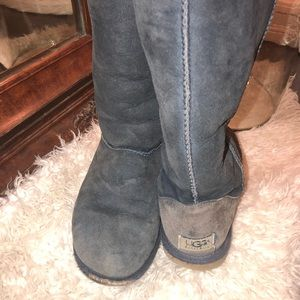 Previously worn full size Ugg boots